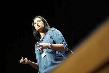 Amalia Lopez Acera - Testimonios - Conferencias